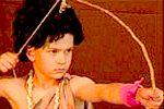 Krisna-völgyi Iskola Mrigári színdarabjának részlete