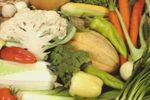 Sokféle zöldség és gyümölcs a terem a Krisna-völgyi biokertészetben