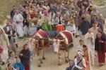 Góvardhana Púdzsa fesztivál részlet Krisna-völgyből