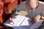 Krisna-völgyi szerzetes szanszkritot tanul